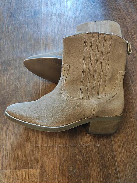 Замшевые ботинки Benetton