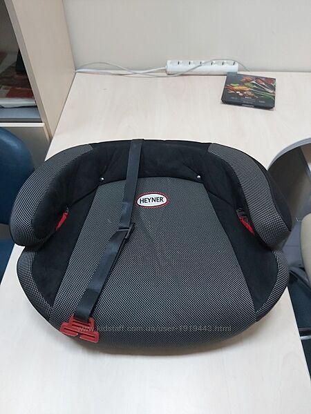 Автобустер Heyner Safe Up Fix Comfort XL