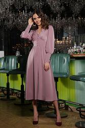 Шикарное платье лилового цвета