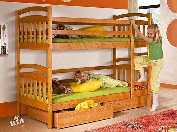 Иринка двухъярусная кровать с ящиками и матрасами.