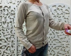Кофта женская свитер на пуговицах светлая нежная S/M Англия бежевая