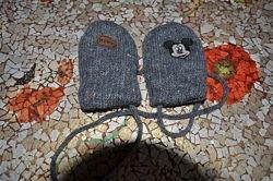 Фирменные варежки рукавицы для самых маленьких