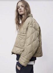 Бежевая куртка стёганная в стиле Zara