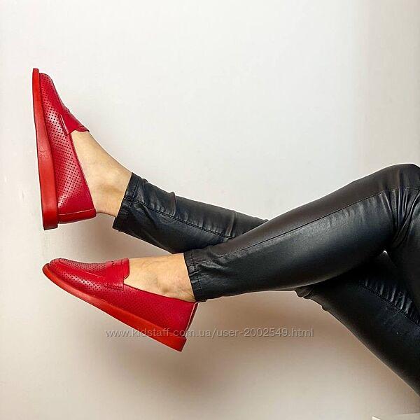 Женские туфли низкий ход, кожа внутри и снаружи с 36 по 42 размер. Турецкие