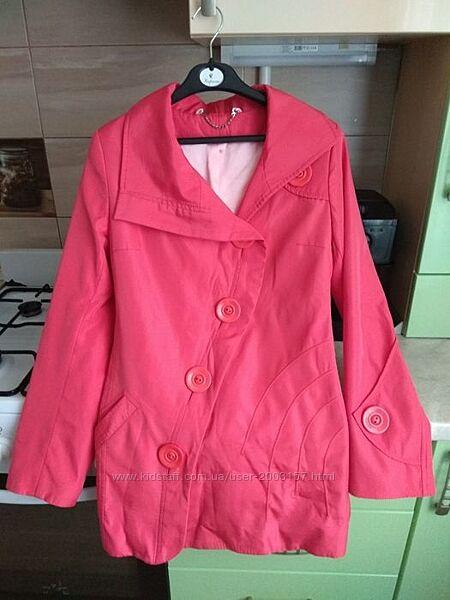 Ветровка куртка 44,46 р-ра кораллового цвета