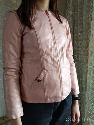 Продам пиджак, куртку для девочки