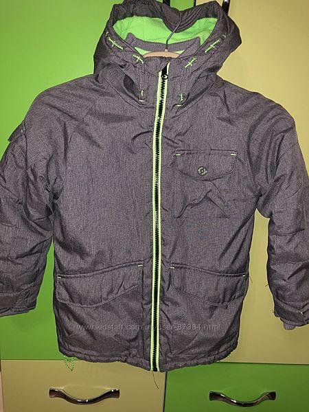 Cool club Демисезонная зимняя курточка 5-8 лет