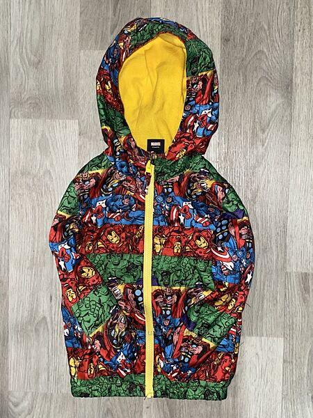 красивая, яркая курточка Georg Marvel  Размер 3-4 года