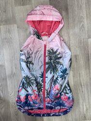Красивая курточка, ветровка TU размер 7-8 лет